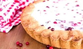 Брусничний пиріг - це приголомшливо смачно!