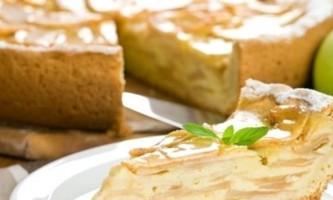 Дріжджовий пиріг з яблуками - традиції російської кухні