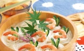 Фетучіні з креветками у вершковому соусі - ще один рецепт італійської пасти