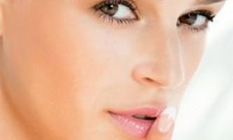 Ефективна маска, що омолоджує для особи