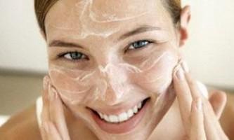 Як швидко очистити пори на обличчі