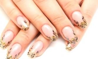 Як нарощувати нігті: різновиди і правила