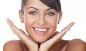Як відбілити зуби «підручними» засобами