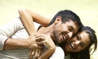 Як підняти коханому настрій у важку хвилину