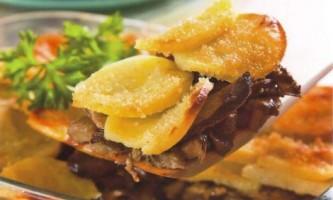 Як приготувати картопляну запіканку з грибами в духовці
