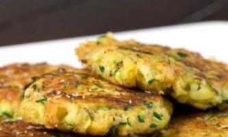 Як приготувати смачні оладки з кабачками і сиром
