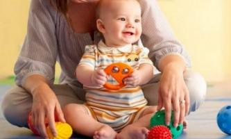 Як розвивати дитину в 9 місяців