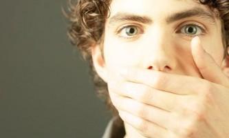 Як прибрати запах часнику з рота