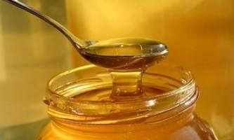 Калорійність меду, корисні властивості