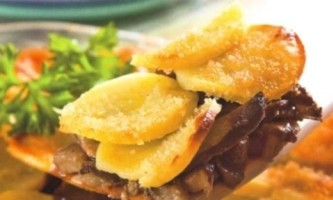 Картопляна запіканка з овочами