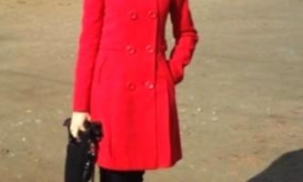 Червоне пальто. З чим поєднувати?