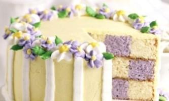 Улюблений торт-медовик зі сметанним кремом