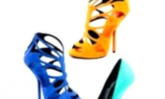 Модне взуття весни 2013 від guiseppe zanotti