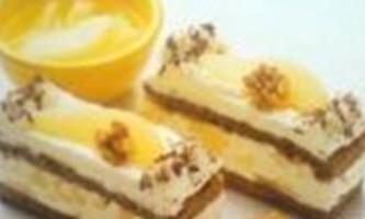 Нарізні тістечка з кремом