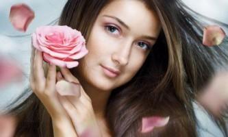 Народні рецепти для лікування і догляду за волоссям