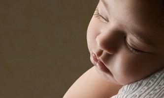Не заколисує новонароджених