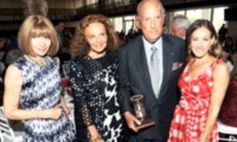 Оскар де ла рента отримав нагороду couture council