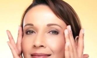Особливості догляду за сухою і чутливою шкірою