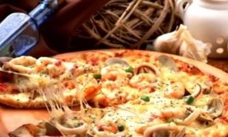 Піца з морепродуктами - готуємо вдома