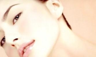 Пориста шкіра обличчя. Маски для догляду