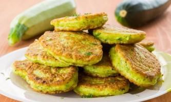 Пишні оладки з кабачків: 5 кращих рецептів