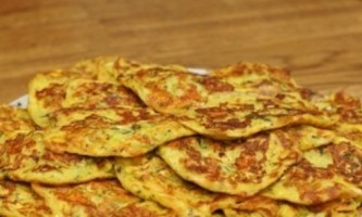 Пишні оладки з кабачків: рецепт приготування