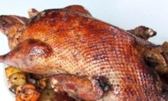 Рецепт качки в рукаві для запікання