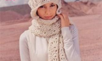 Шапочка і шарфик гачком