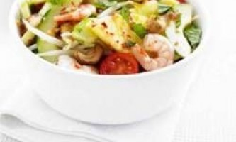 Смачний салат з креветками