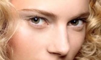 Вологий макіяж - новий модний тренд